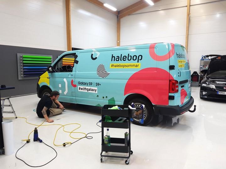 Foliering åt Halebops skåpbil av Swedekor