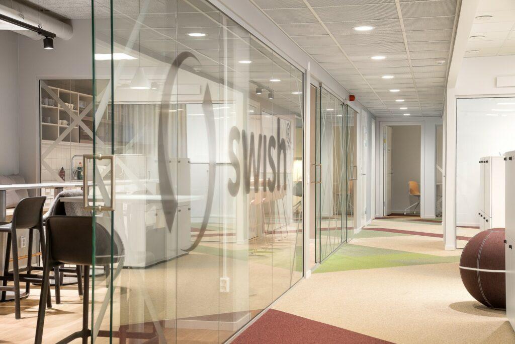 Dekorfolie på Swish kontor av Swedekor